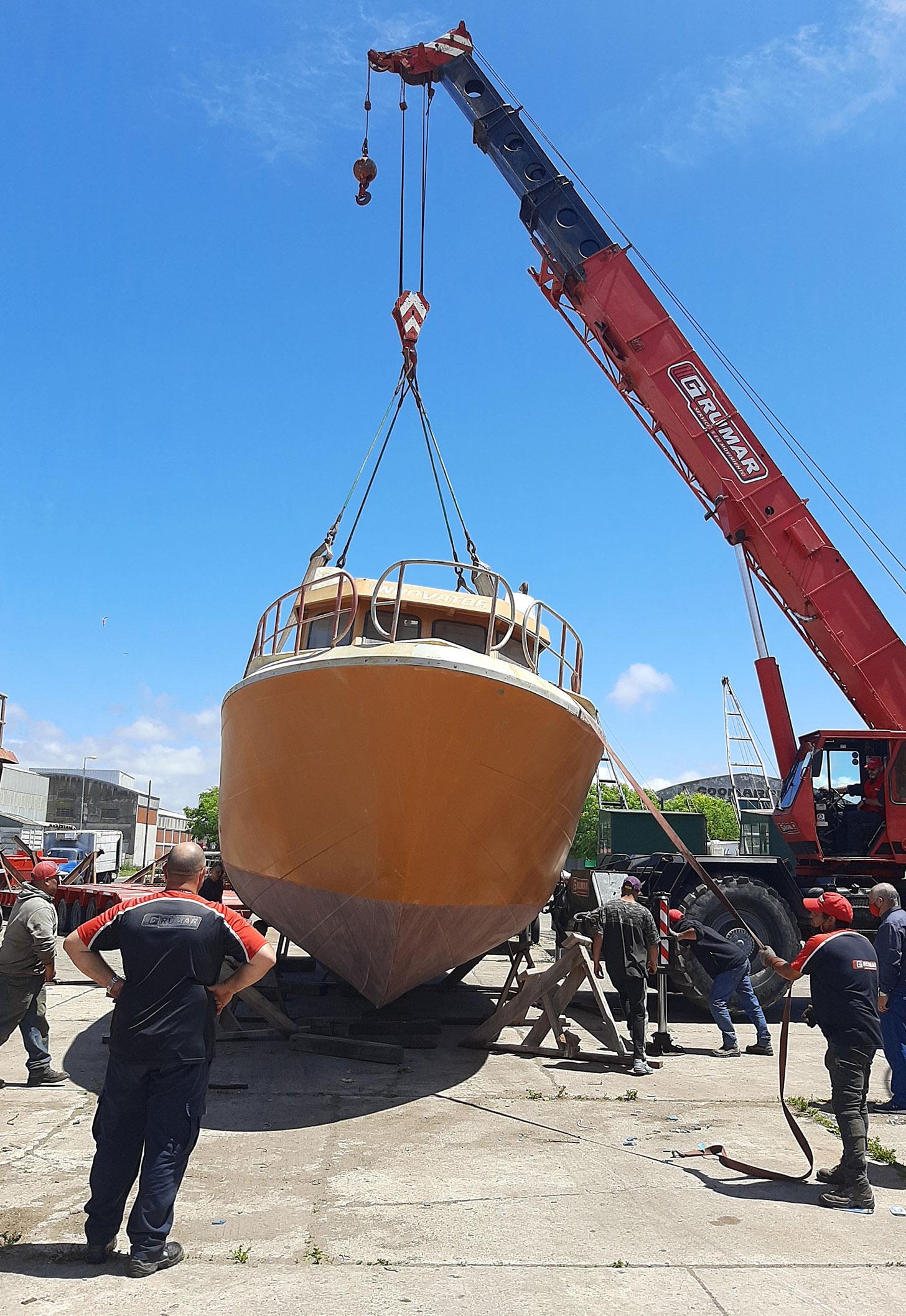 Movimiento barco pesquero